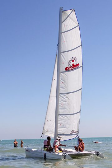 Centro Nautico Alla Deriva - Rimini - Noleggio barca a vela Phantom 16