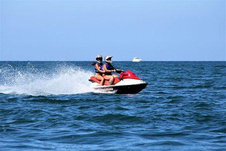 Centro Nautico Alla Deriva - Rimini - Noleggio moto d'acqua Sea Doo 720